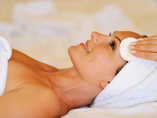 Limpieza e hidratación facial ultrasonica