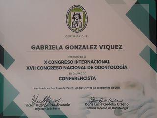 DRA. GABRIELA GONZALEZ CONFERENCISTA