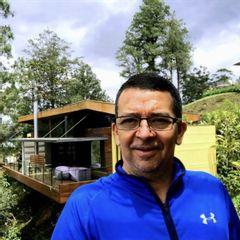 Dr. Álvaro Ossa